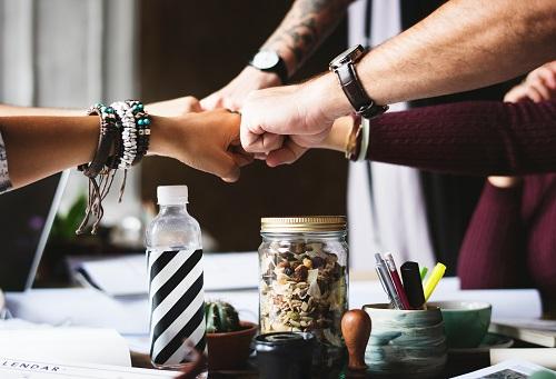 """Mindfulness främjar hållbara organisationer, ledare och medarbetare i """"det nya arbetslivet"""""""